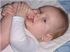 Rượu giảm đau cho bé mọc răng?
