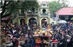 Nhức mắt cảnh chen lấn, giẫm đạp ở lễ hội Việt