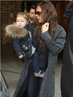 Gia đình Beckham trở về Anh sau chuyến du lịch
