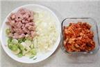 Cơm chiên kimchi cay ngon hấp dẫn