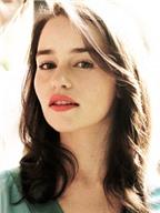 Emilia Clarke bật mí cách làm đẹp