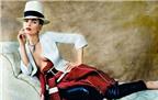 Kate Moss khoe ngực trần với phong cách Digan