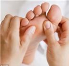 Bấm huyệt: Một phương thuốc giảm đau hiệu quả