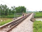 Hiểm họa khi đi trên đường sắt