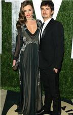 """Miranda Kerr tiết lộ bí quyết """"giữ chân"""" chồng"""