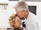 Quý ông học cách chăm sóc khi vợ... mãn kinh