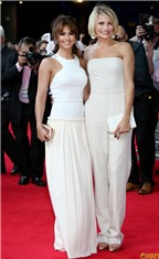 Cách để xinh đẹp với đầm trắng