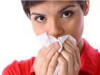 Cháu bị viêm mũi mạn tính hay viêm mũi dị ứng vậy AloBacsi ơi?