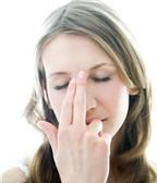 Ngạt mũi mỗi khi nằm sấp