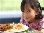 Trẻ biếng ăn: Nên làm gì?