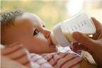 Bé sanh hơi nặng cân, nên chọn sữa thế nào?