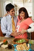 Những việc bố nên làm để bảo vệ thai nhi trong 9 tháng thai kỳ