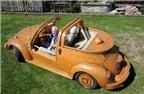 Siêu xe Volkswagen Beetle phiên bản... gỗ