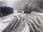 Kinh nghiệm lái xe ô tô an toàn trên đường có tuyết