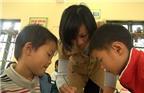 Cô giáo đi nhặt phế liệu nuôi chồng ung thư