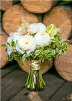 Hoa cưới trắng tinh khôi dành cho cô dâu