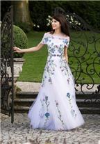 Phong cách nhẹ nhàng của stylist Caroline Sieber