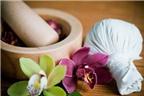 Massage toàn thân compress thảo dược