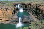 Độc đáo thác nước 4 tầng ở Australia