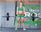 Kỷ lục: Bà bầu nâng tạ trăm ký dù chỉ cách ngày sinh 2 ngày