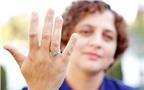 Nhìn ngón tay út đoán tính cách con người