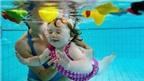 10 mẹo giúp bé bơi lội an toàn trong mùa hè