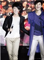 Những cặp song sinh nổi tiếng nhất K-Pop
