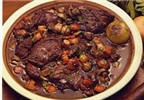 Món ăn lạ và độc với 'Thịt thỏ ướp rượu vang'
