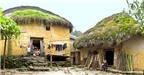 Độc đáo những ngôi nhà nấm của người Hà Nhì