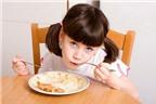 10 điều cần nhớ khi tập cho bé ăn cơm