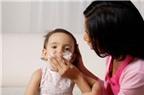 Chứng bệnh trẻ thường mắc lúc giao mùa hè thu