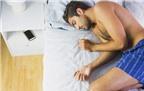 Sạc pin điện thoại trong lúc ngủ là nguyên nhân dẫn đến béo phì