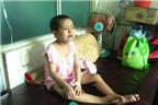 Cha mẹ nghèo phận con bị ung thư máu mỏng manh