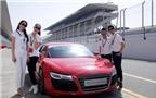 Khách hàng Việt trải nghiệm lái xe Audi tại Dubai