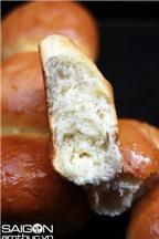 Bí quyết làm bánh mì sữa Hokkaido thơm mềm hấp dẫn