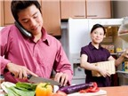 """Làm sao để đàn ông chịu """"vào bếp"""""""