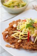 Gỏi cá chiên giòn tuyệt ngon từ Thái Lan