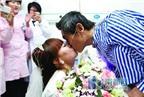 Cô gái quyết tâm cưới dù chú rể bị ung thư