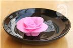 Cách đơn giản làm hoa hồng chocolate lãng mạn
