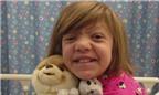 Kỳ diệu bé gái sống sót sau ung thư giai đoạn cuối