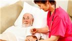 Ba tôi bị phình động mạch cảnh, tiểu đường… nên điều trị sao, AloBacsi?
