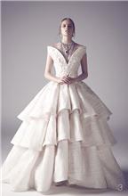 Váy cưới phá cách, ngẫu hứng