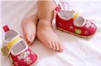 Cho trẻ đi giày, dép có nhạc – vui tai vui mắt nhưng hại sức khỏe