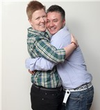 Cặp đôi yêu nhau khi đều là phụ nữ nhưng kết hôn với tư cách là hai người đàn ông