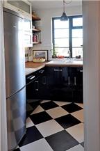 Cách làm mới không gian bếp chật chội bằng màu sắc