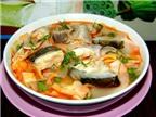 Học nấu canh chua cá hồi cho người tim mạch