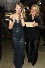 Taylor Swift chia sẻ nỗi đau mẹ bị ung thư