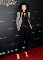 Thư Kỳ diện phong cách tomboy ở Cannes