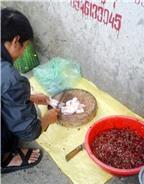 Ăn tiết canh  lợn: Hiểm họa khó lường