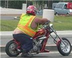 Những bức ảnh hài hước về người béo phì đi xe